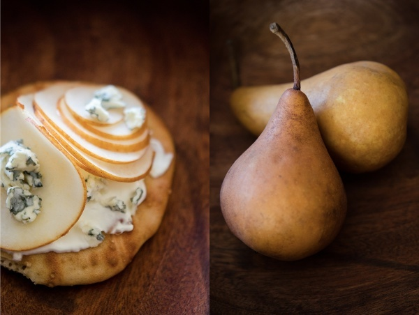 © 2012 Viviane Perenyi - Pear and Blue Cheese on Sourdough Toast